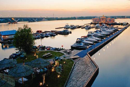Яхт клуба адмирал в москве ночные клубы москвы их названия