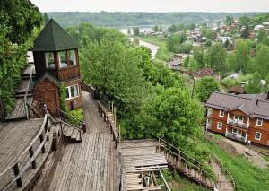 Панорамный вид на Плёсе с одной из веранд «Частного визита».