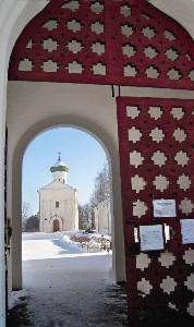 Спасо-Ефросиниевский монастырь в Полоцке- крупнейший центр православия.