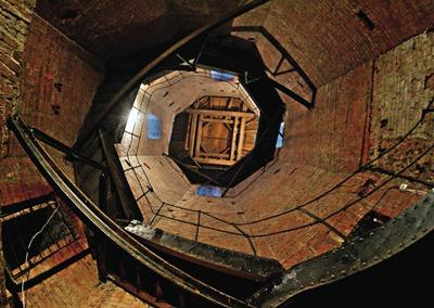 Под куполом Воскресенского со-бора. Главный храм города был освящен в 1754 году.