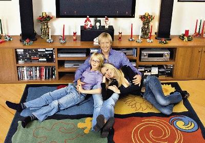 С женой Мариной и сыном Ваней.