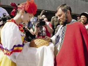 Героев экспедиции вологодцы встретили хлебом-солью.
