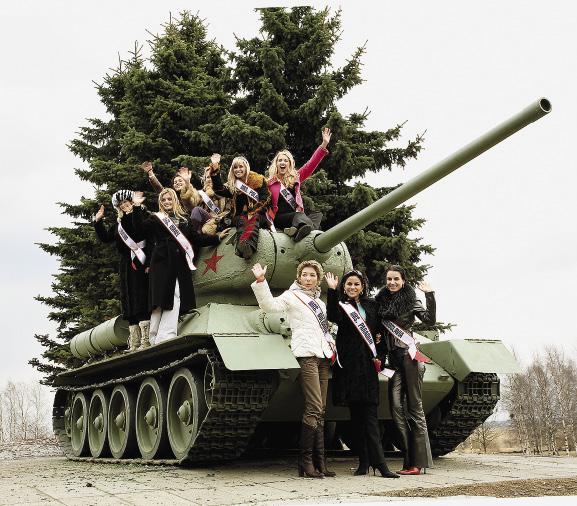 Красота – более мощное оружие, чем танк.