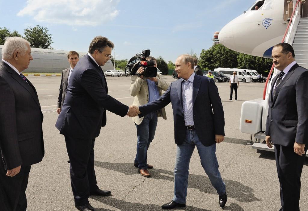 Встреча с президентом России Владимиром Путиным в аэропорту Ставрополя.