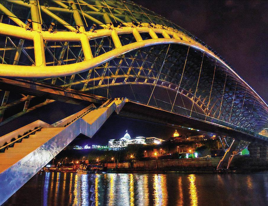 Мост Дружбы через Куру был построен в грузинской столице несколько лет назад.
