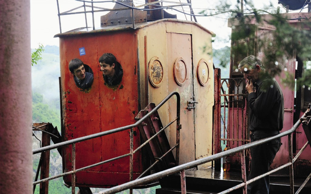 Колоритный фуникулер в Чиатуре скоро заменят на современные кабинки.