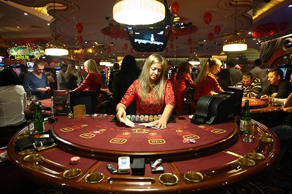 Казино рояль сочи когда откроется казино гранд омск