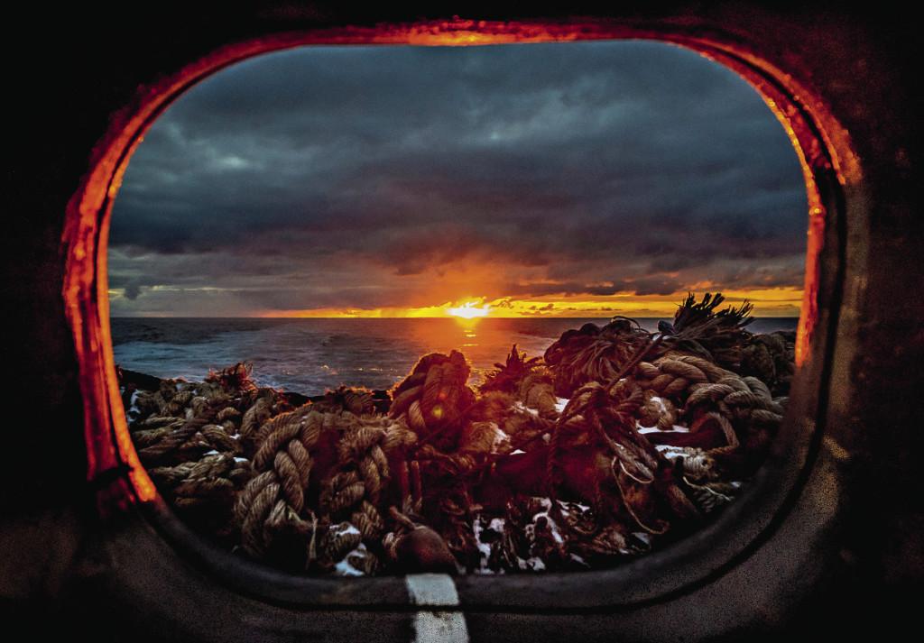 В суровых волнах Северного моря тоже есть своя особая красота…