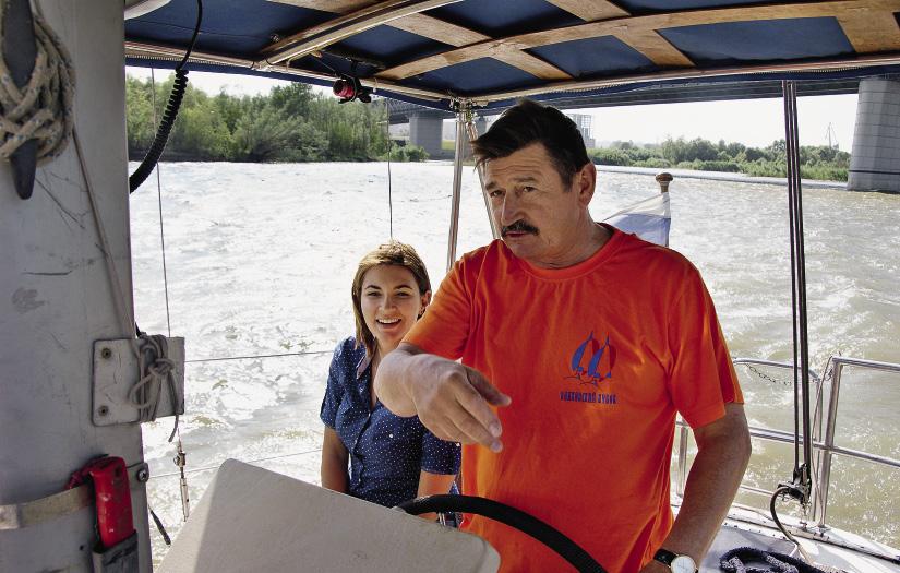 Капитаны из омского яхт-клуба делятся секретами навигации.