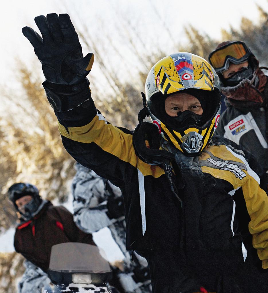 Перед серьезным путешествием люди и снегоходы должны узнать друг друга поближе. На языке снегоходчиков это романтическое знакомство называется «скаткой».