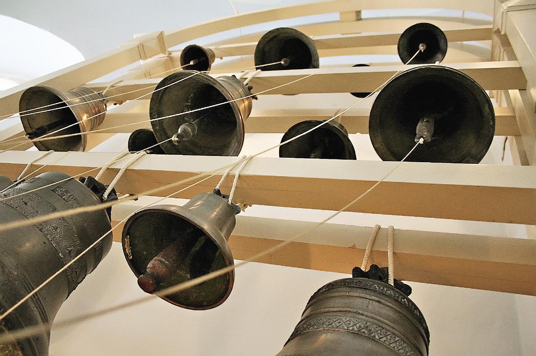 Музейные звонницы может опробовать любой посетитель.