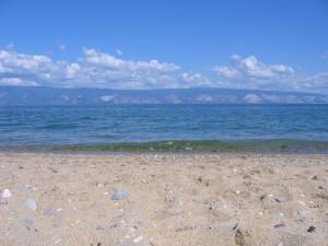 Байкальский пляж