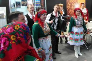 """Марийский ародный ансамбль на выставке """"Интурмаркет 2015"""""""