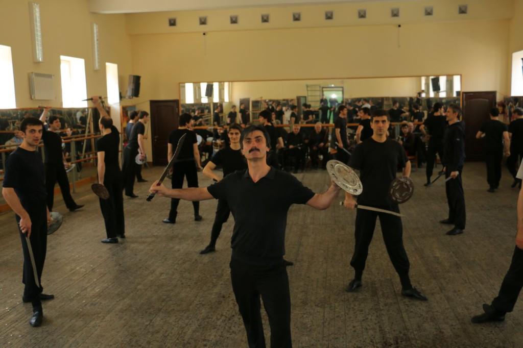 репетиция  «Лезгинки»