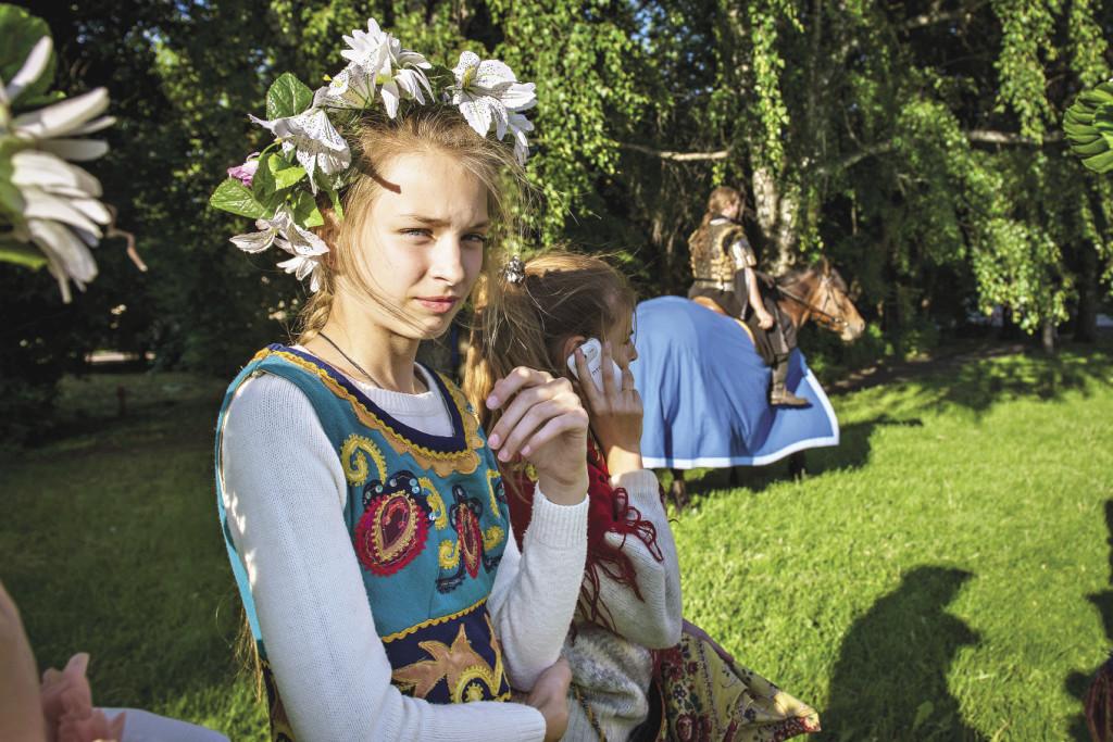 Нарядные девушки и свежие цветы – лучшие декорации для любого праздника! Ярославская область