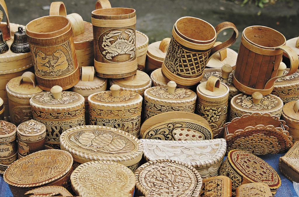 В стране достаточно умельцев, которые могли бы хорошо зарабатывать на продаже сувениров. Владимирская область