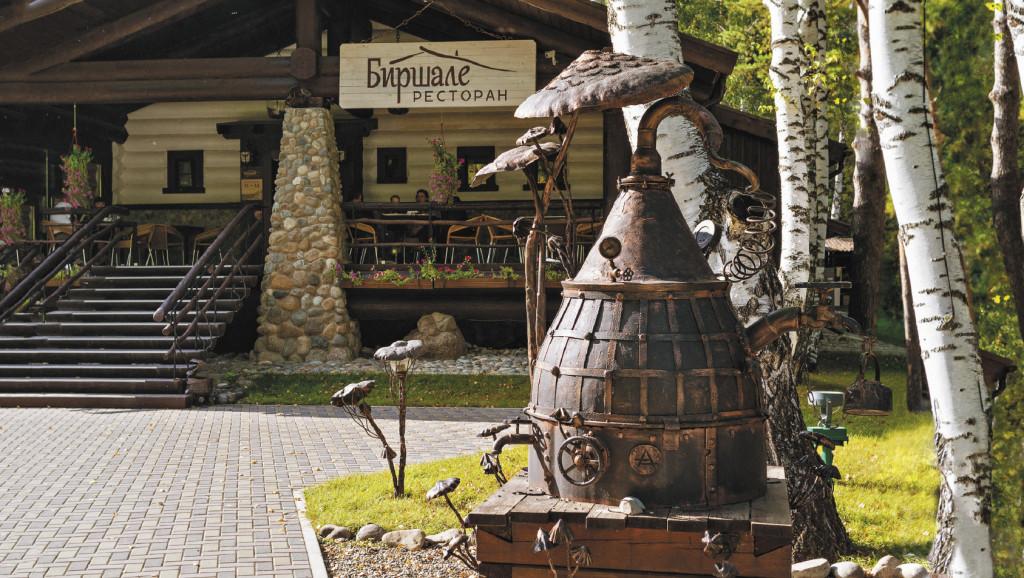 На улочках Белокурихи есть рестораны и кафе на любой вкус и кошелек. Алтайский край
