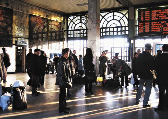 Вокзал – важное место в городе, через который проходит Транссибирская магистраль. Иркутская область