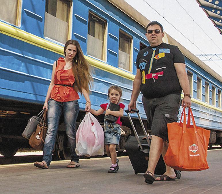 Благодаря многочисленным указателям, пересадка с поезда на автобус в Анапе не представляет труда... Республика Крым