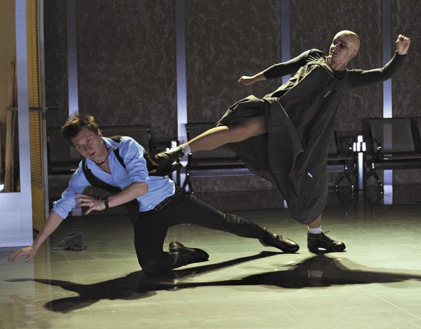 Во время репетиций трагедии «Электра» Юлия на полгода отказалась от всех заманчивых предложений.
