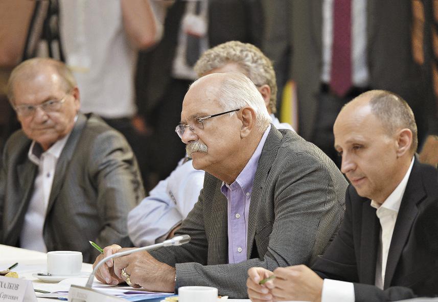 На прошлогодней августовской встрече с президентом присутствовал и председатель Союза кинематографистов России Никита Михалков. Республика Крым