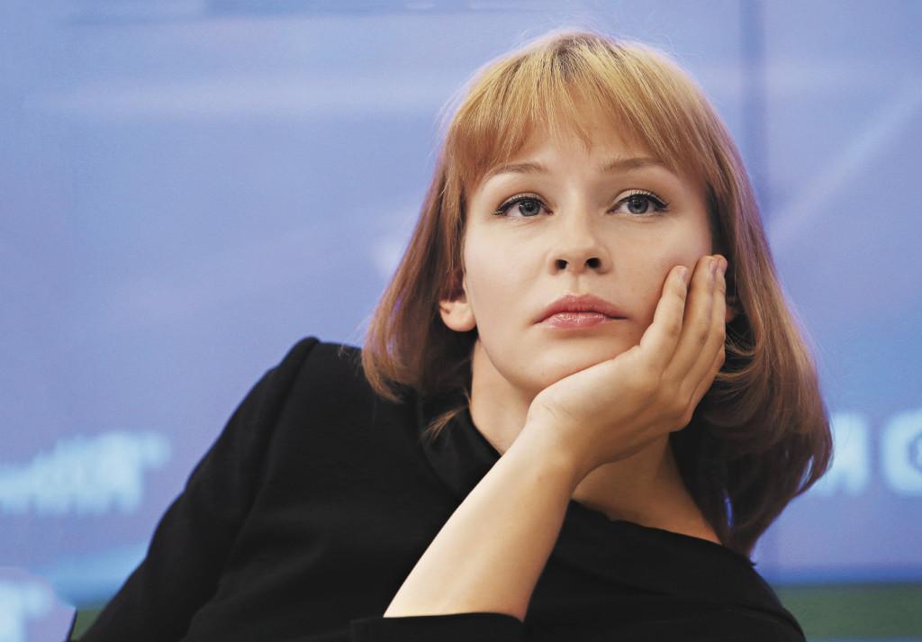 Несмотря на ангельскую внешность, Юлия предпочитает играть героинь отнюдь не гламурных.