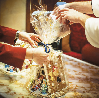 В «Гранд Отеле Европа» каждый гость найдет подарок на свой вкус.. Санкт-Петербург