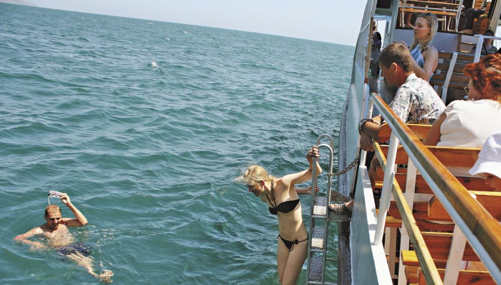 В Крыму много лет почти ничего не делалось для туризма – тем не менее, он 4-й.