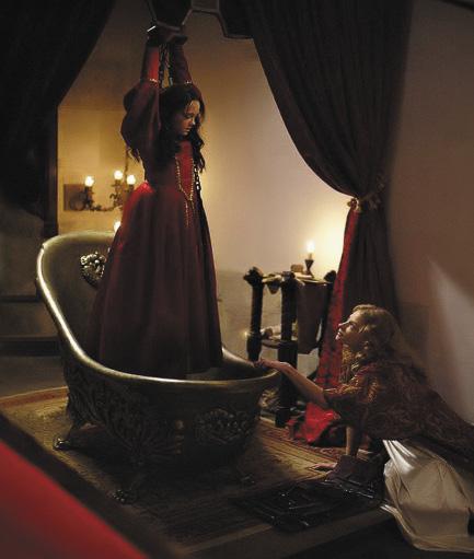 Сцена из фильма «Кровавая леди Батори».