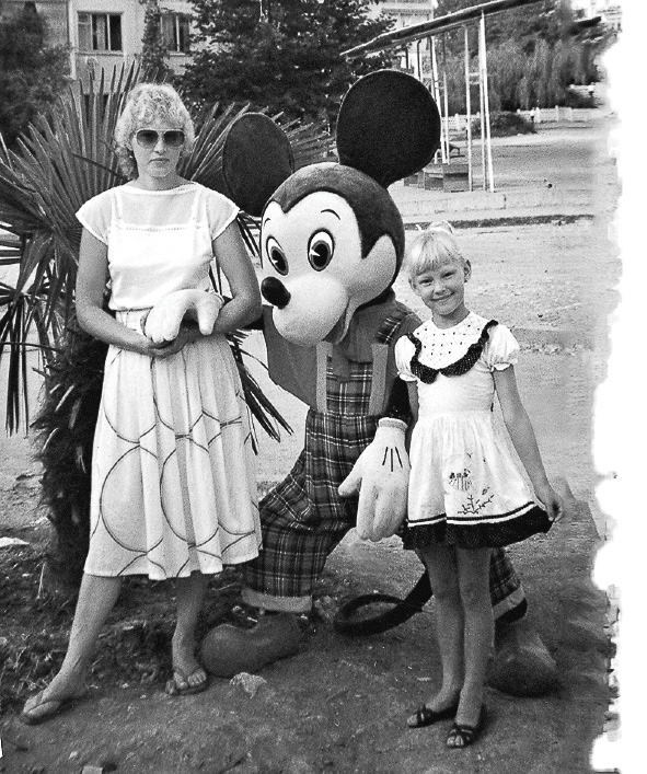 Уже в детстве Светлана знала, что будет актрисой.