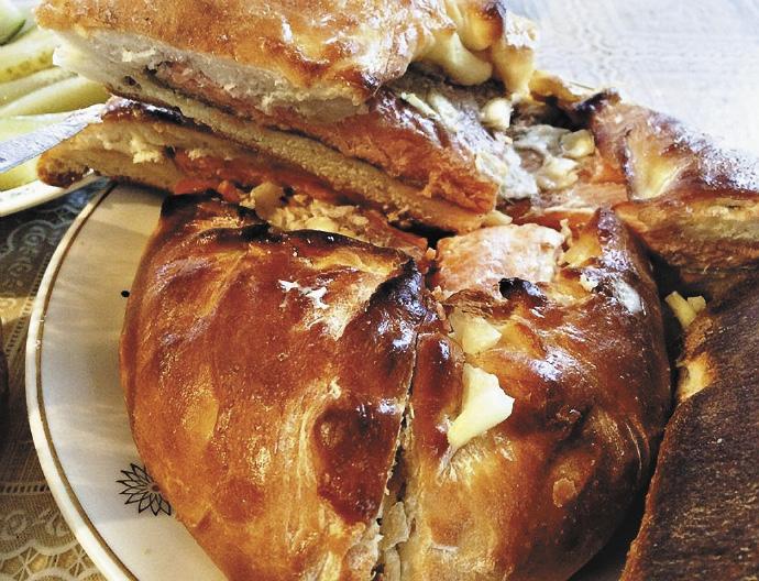 Праздничные пироги с семгой – настоящее лакомство Русского Севера.