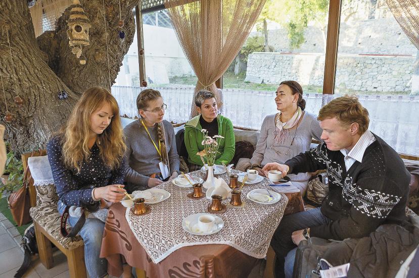 Представителям столичных СМИ кофе, сваренный в турке, пришелся по вкусу!