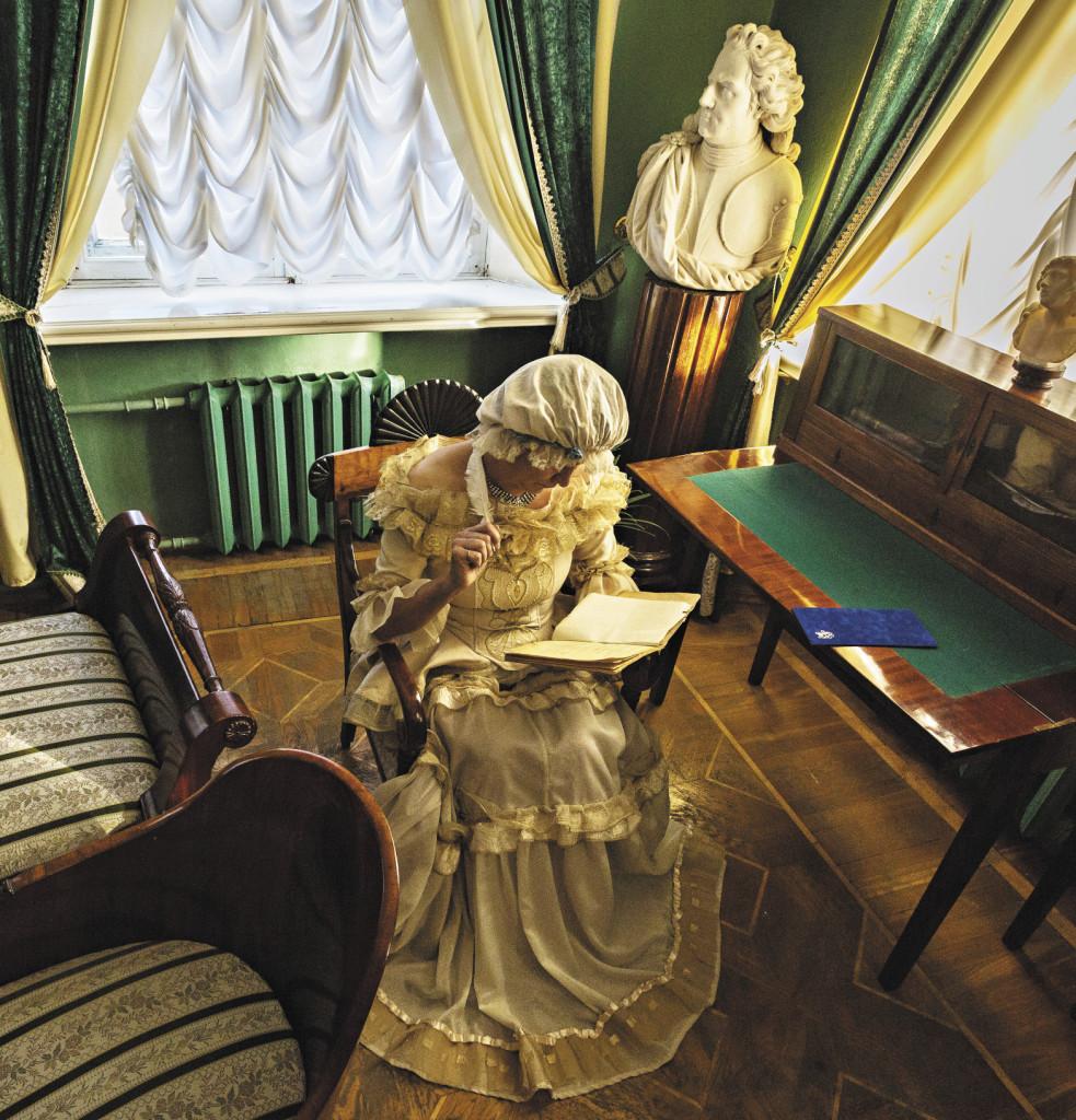 Во дворце Бобринского в Богородицке туристам часто устраивают «театрализованные» экскурсии.