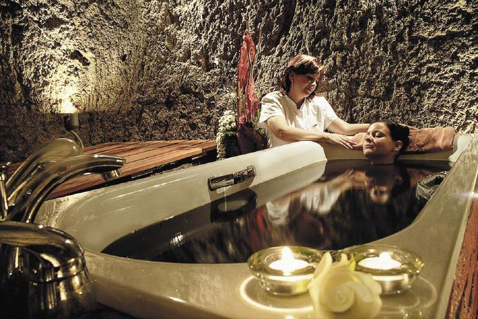 Пантовые ванны славятся необычайным оздоровительным эффектом.