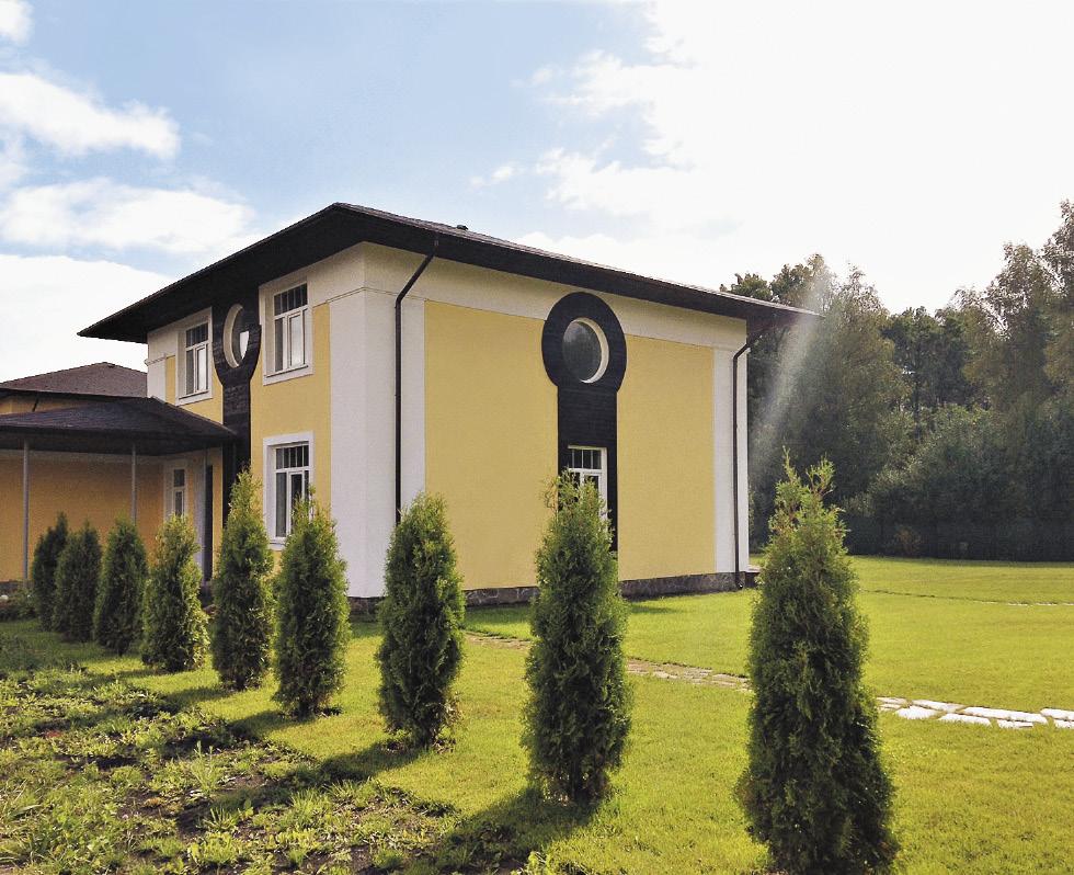 Коттедж в поселке «Бригантина» можно приобрести за 11,5 миллиона рублей.