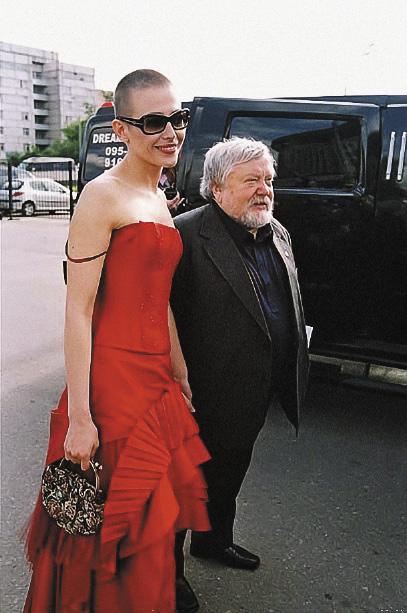 Екатерина давно входит в число любимых актрис режиссера Сергея Соловьева.