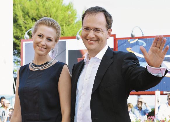 На 71-м Венецианском международном кинофестивале российский министр культуры Владимир Мединский и его супруга Марина были одной из самых красивых пар кинофорума.