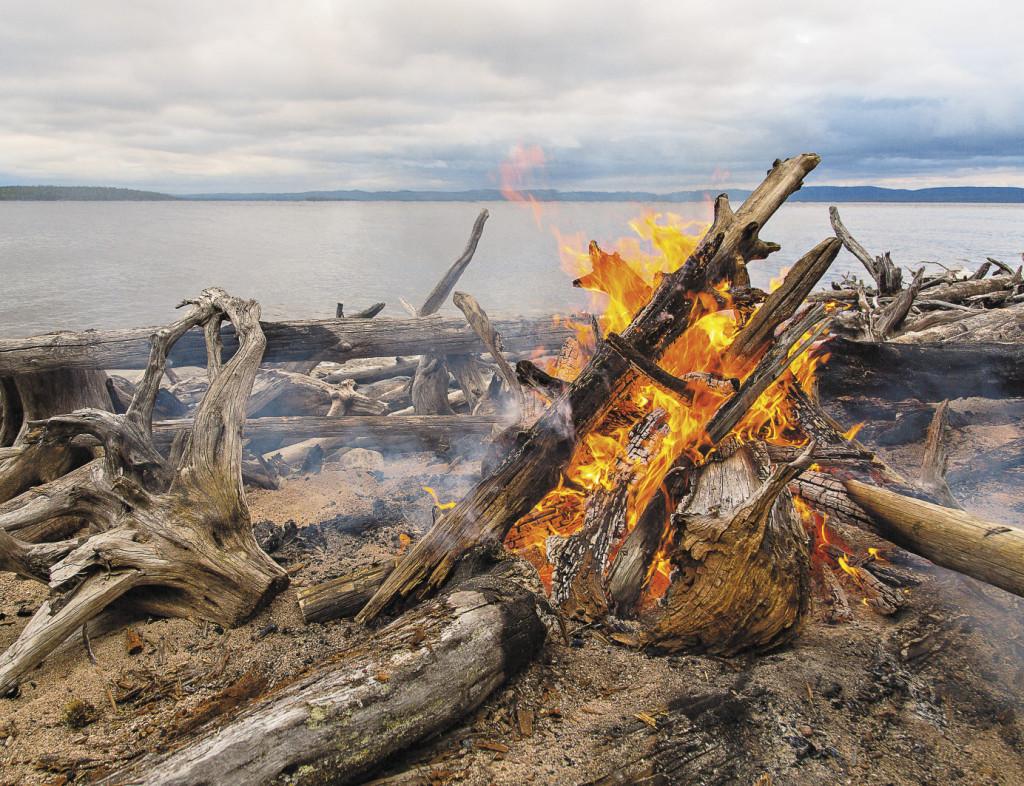 Соединение стихий воды, огня и ветра – вот она, энергетика Ладоги!