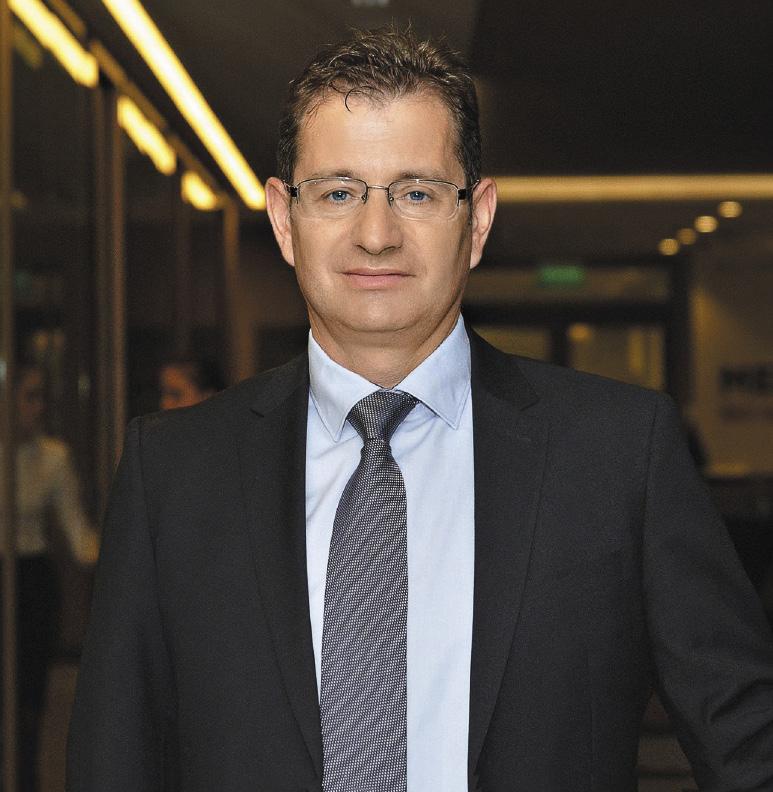 Леонид Мармер возглавляет компанию «Интурист», обслуживающую ежегодно более 250 тысяч иностранных туристов.