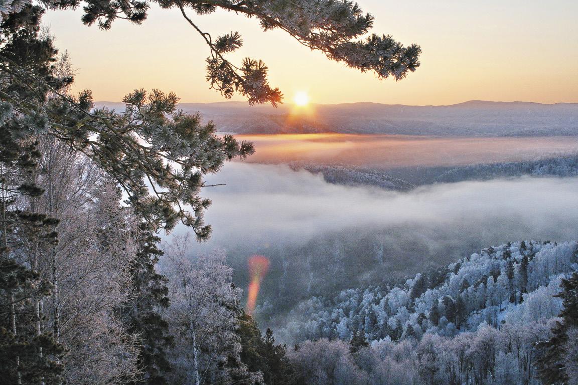 Город-курорт Белокуриха с его целебным воздухом и минеральными источниками манит к себе туристов и летом, и зимой.