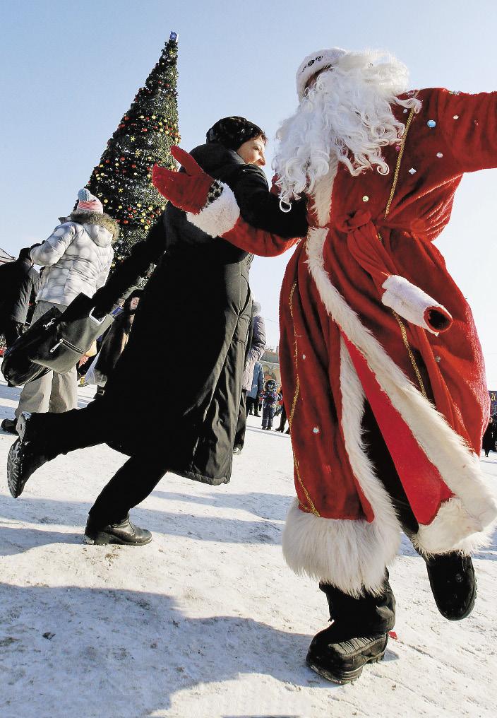 Если зимой путешествуешь в одиночестве, есть шанс ближе познакомиться с Дедом Морозом.