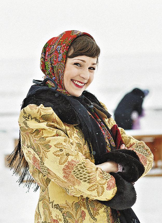 Праздник «Алтайская зимовка» – народные гулянья, спортивные мероприятия, гонки на собачьих упряжках, сувенирные ярмарки, семинары и конкурсы.
