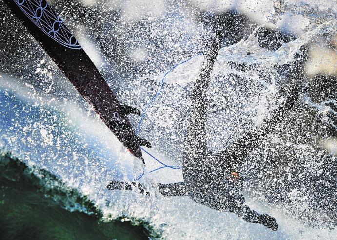 В том, что серфинг – не только летнее развлечение, можно убедиться на побережье Уссурийского залива на острове Русский.