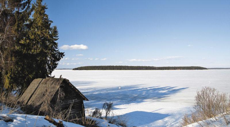 Банька на берегу Селигера – что может быть лучше? Выскочив из парной на морозный воздух, ныряешь в снежный сугроб или ледяную прорубь...