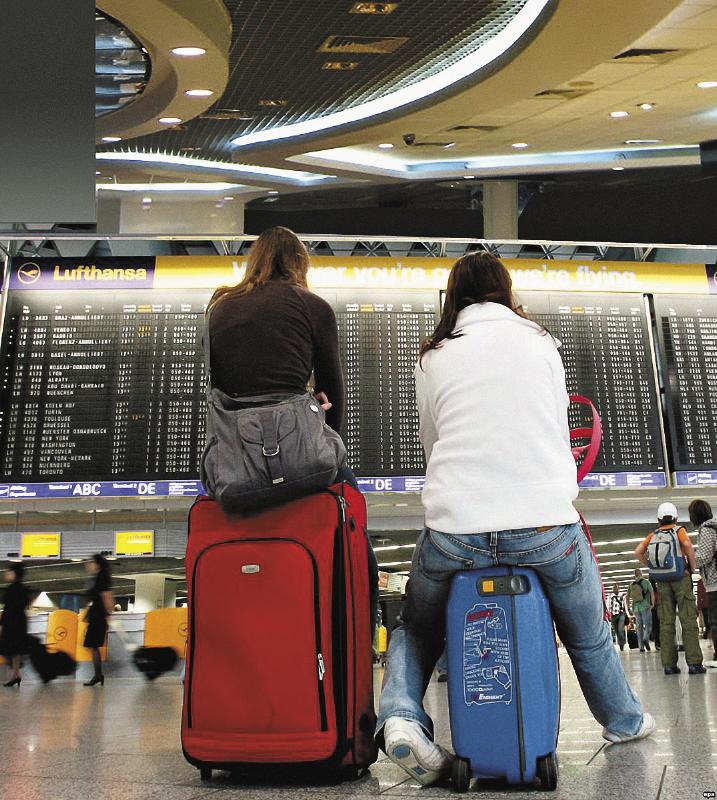 С каждым годом становится все больше туристов, выбирающих отдых в России.
