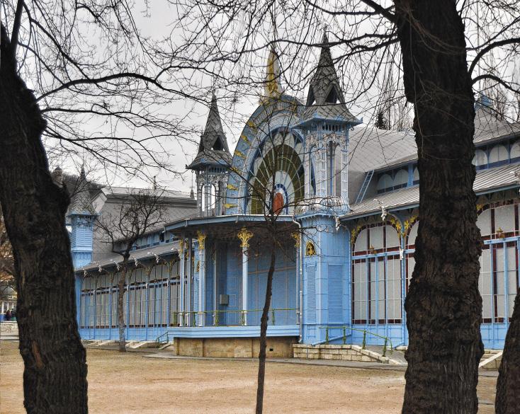 Лермонтовская галерея стала одним из символов Пятигорска.