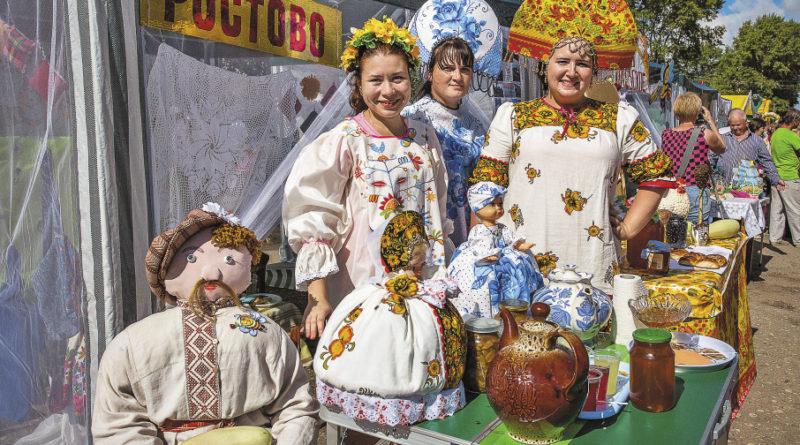 Фестивалю «Ссыпчина медовая» уже более 200 лет, а зародился он еще на Прокопьевской ярмарке.