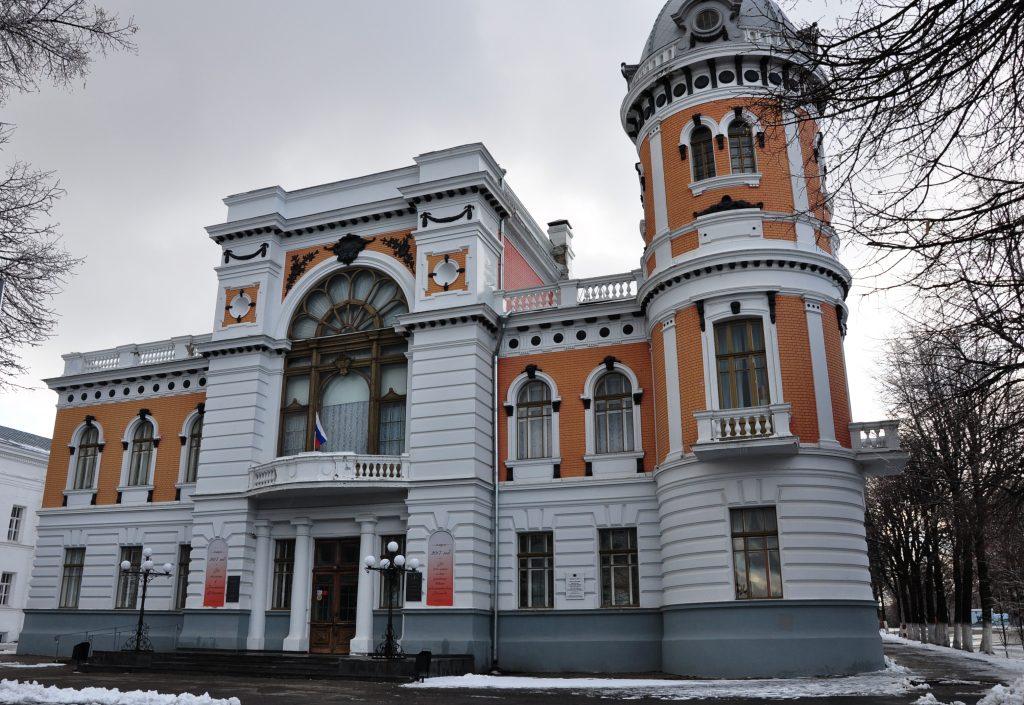 Дом-памятник писателю Ивану Гончарову в центре Ульяновска