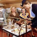 Угощайтесь: чем кормили в самолетах полвека назад